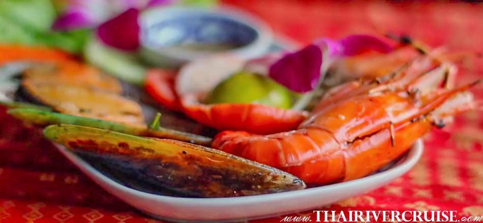 ลอยนาวา ดินเนอร์ ครูซส์ อาหารเซ็ตเมนู เลิศรส อิ่มอร่อย ได้เต็มที่ บนเรือไทยหรู 5 ดาว แม่น้ำเจ้าพระยา