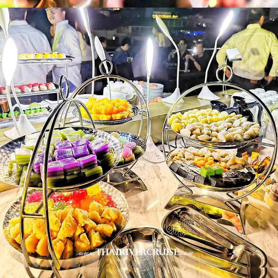 Thai sweet dessert on Alangka CruiseElegance Luxury Bangkok Dinner Cruise Chaophraya River,Thailand