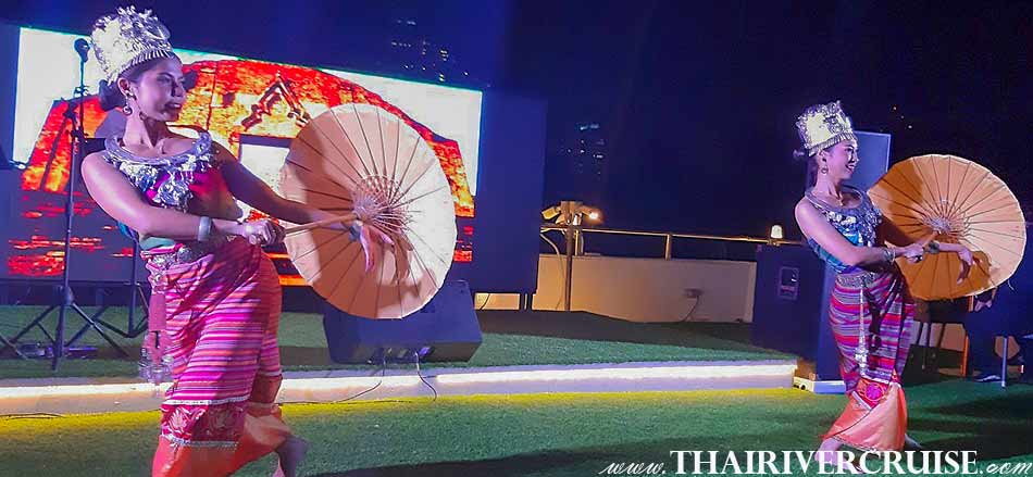 Beautiful Thai Classical Dancing Performance on board The Bangkok River Cruise