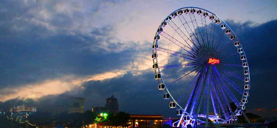 Asiatique The Riverfront Bangkok Sunset View of Chao Phraya river,Thailand