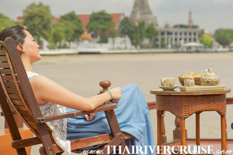 Cruise from Bangkok to Ayutthaya by Mekhala Cruise