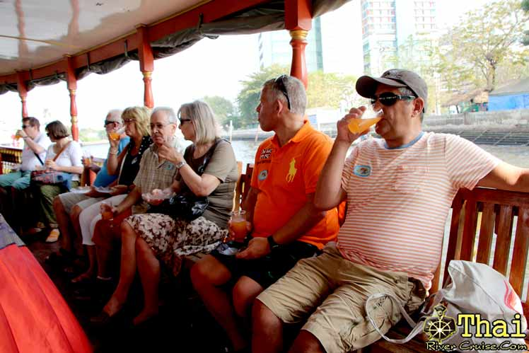 Welcome Drink � Maithai Drink � with Thai Fruits Buffet onboard. Bangkok Canal Tour.