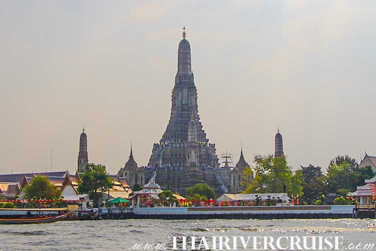 Temple of Dawn, Bangkok Sightseeing Tour with River Cruise Trip