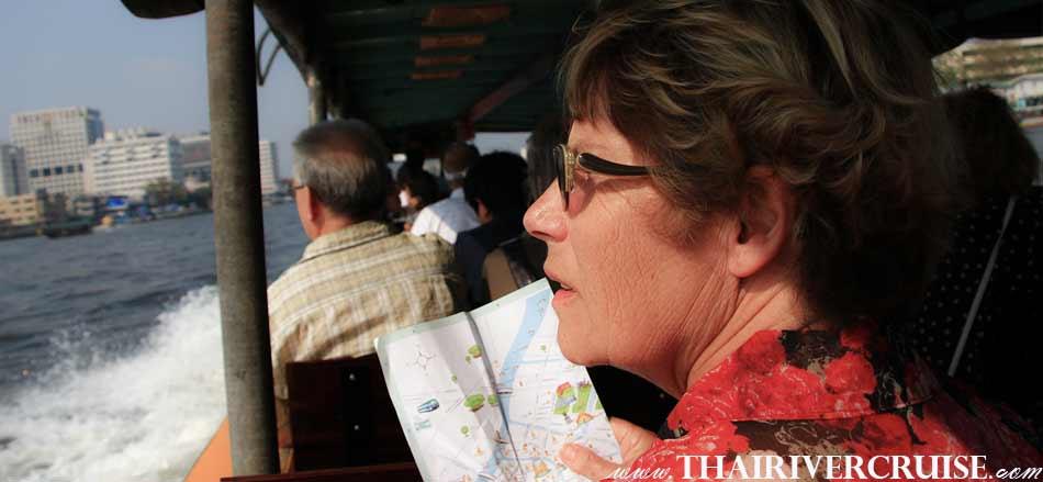 Chao phraya river boat tour Bangkok, enjoy to the beautiful of Chao phraya river view both side