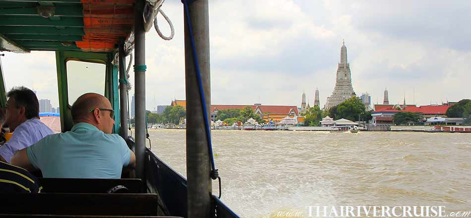 When the Chaophraya river boat is cruising along Chaphraya river, you will see river attractions from Chao phraya river boat tour Bangkok with lunch