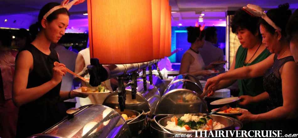 Chao Phraya Cuise & Grand Chaophraya Cruise, luxury large elegance5-stars dinner cruise Chaophraya river Bangkok Thailand.Loi Krathong Festival Bangkok Chaophraya Cruise