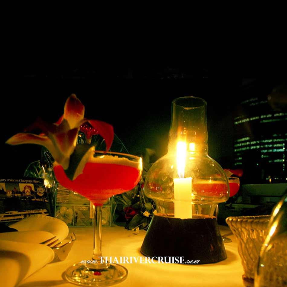 Grand Pearl Cruise luxury romantic dinner cruiseChaophraya river Bangkok Thailand.Romantic candlelight dinner Bangkok Grand Pearl Cruise Promotion dinner cruise on the Chao phraya river ticket discount price    luxury river dinning cruise