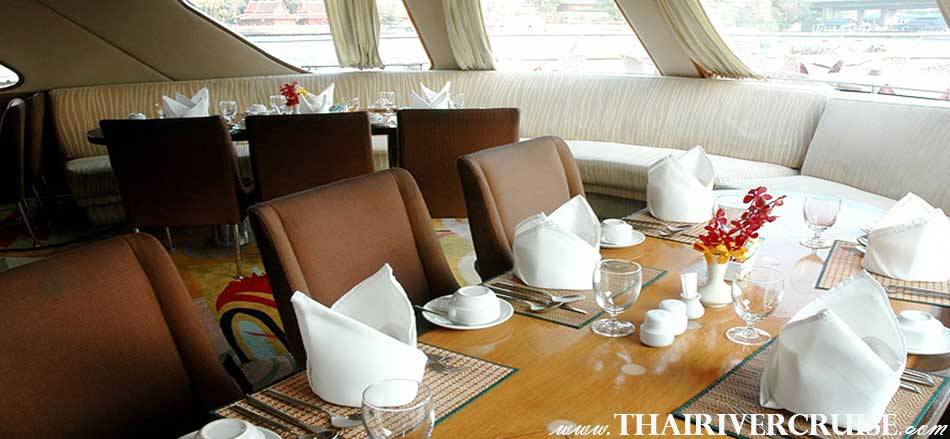 Grand Pearl Cruise amazing candle light luxury dinner cruise along Chaophraya river Bangkok Thailand
