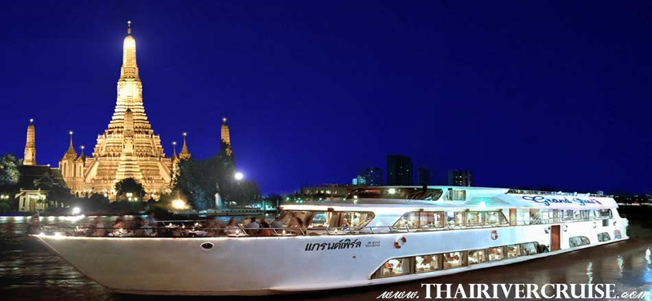 Welcome aboard Grand Pearl Cruise, Amazang luxury romantic dinner cruise Chaophraya river Bangkok Thailand