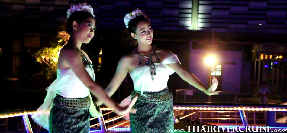 Entertainment on board Indian private party dinner cruise by Thai classical dancing and live band music