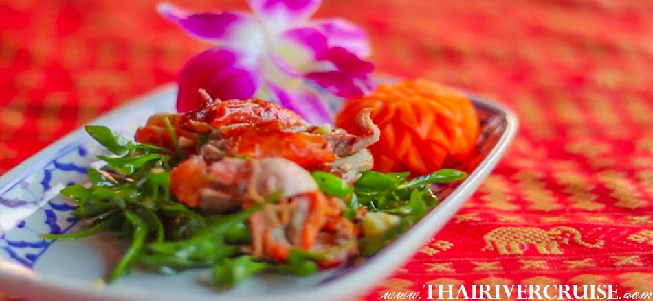 Elegance delicious diner food from around Thailand in the comfort and tranquility of this luxury, open-air cruise., Loy Nava Dinner Cruise Bangkok