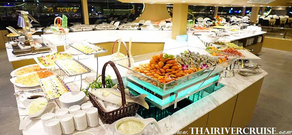 Delicious seafood dinner on Meridian Alangka Cruise Luxury Bangkok Dinner Cruise Chaophraya River