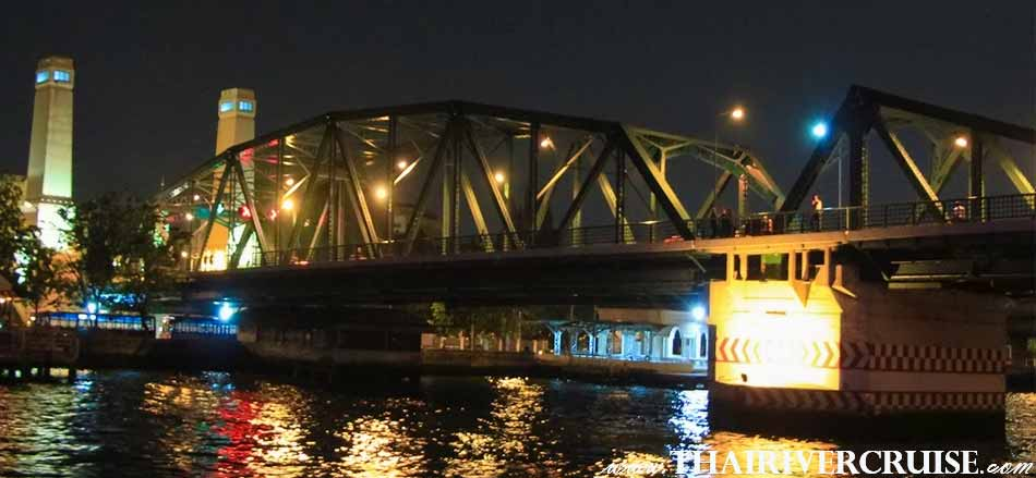 New Year Dinner Cruise Bangkok attraction, The Memorial Bridge is a bascule bridge over the Chao Phraya River in Bangkok, Thailand
