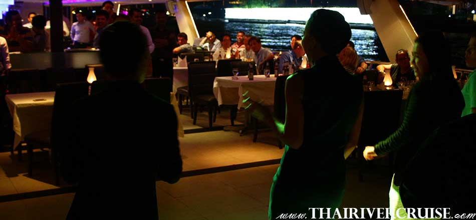 Entertainment on board private party dinner cruise by Thai classical dancing and live band music