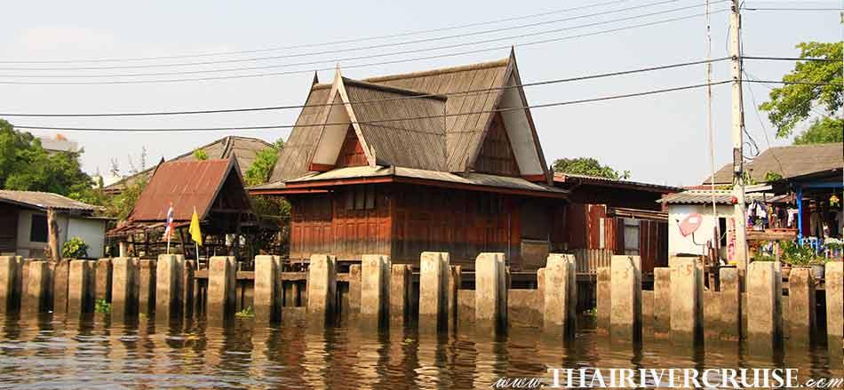 Thai style house  in Bangkok Noi Canal Bangkok, Canal Tour Bangkok Rice Barge Klong Tour Bangkok Thailand