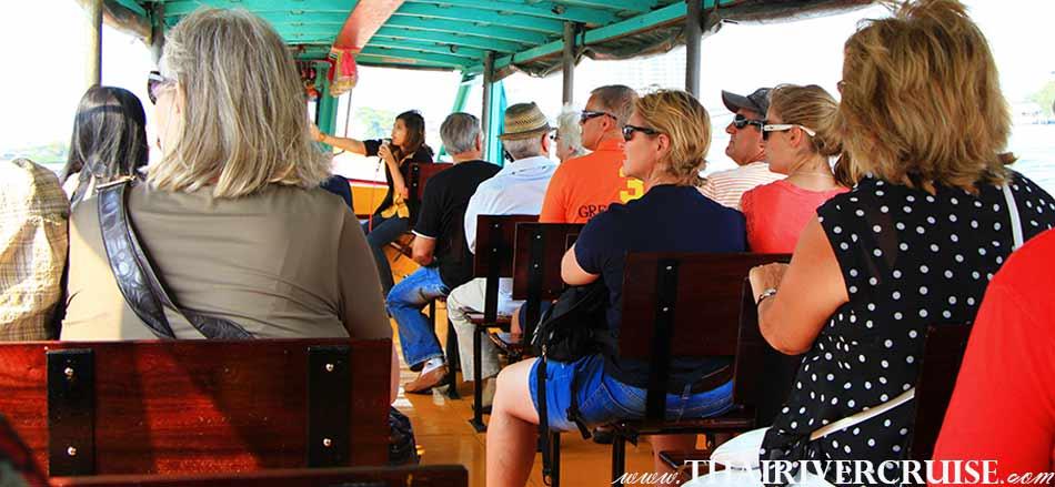 ทัวร์ฝรั่ง กรุงเทพ ยอดฮิต ล่องเรือ เจ้าพระยา ทัวร์คลอง บางกอกน้อย ล่องเรือ เที่ยวคลอง แม่น้ำเจ้าพระยา