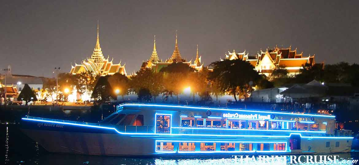 The Royal Princess Cruise, the new Bangkok luxury large and elegance modern dinner cruise on the Chaophraya river Bangkok,Thailand
