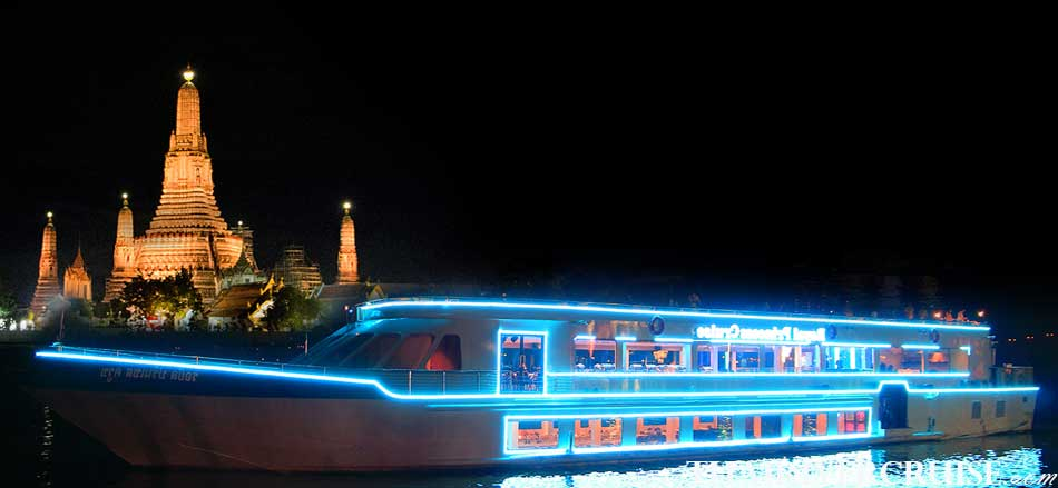 Royal Princess Cruise New Luxury Large Elegance Bangkok Dinner Cruise on the Chao Phraya River,Thailand