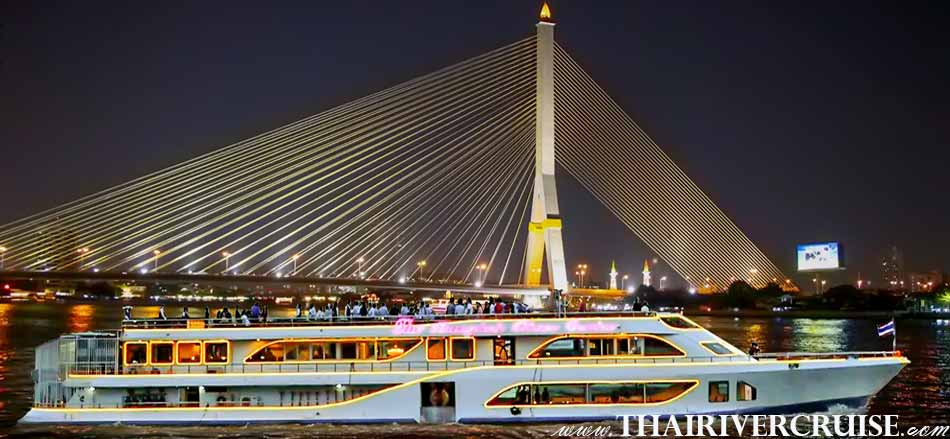 The Bangkok River Cruise, Best International & Seafood Buffet Dinner with soft drink dinner cruise on the Chaophraya river Bangkok Thailand