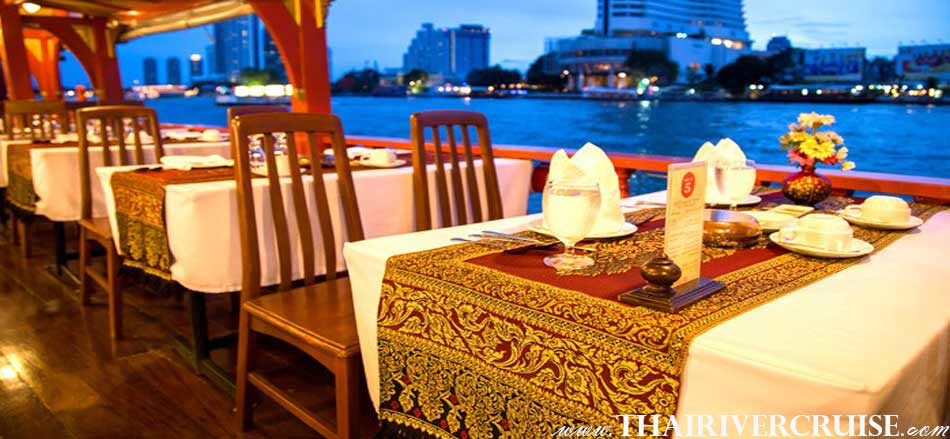 Welcome aboard Wanfah Boat the luxury traditional boat. Treat yourself to a memorable loy kratong night out aboard one of Bangkok's most luxurious boat restaurant Bangkok Thailand,Loy Krathong Bangkok Best Place 2018 Wanfah Dinner Cruise