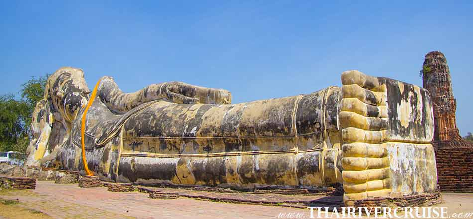 Wat Lokayasutharam is situated at Pratoochai District, behind the Ancient Palace and the Pratoochai Primary School, in the area 0f Wat Worapoh (Wat Rakhang) and Wat Worachettharam. ,White Orchid River Cruise Ayutthaya