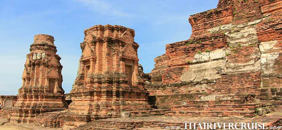Old Pagodays in Wat Mahatad, Grand Pearl Cruise Ayutthaya
