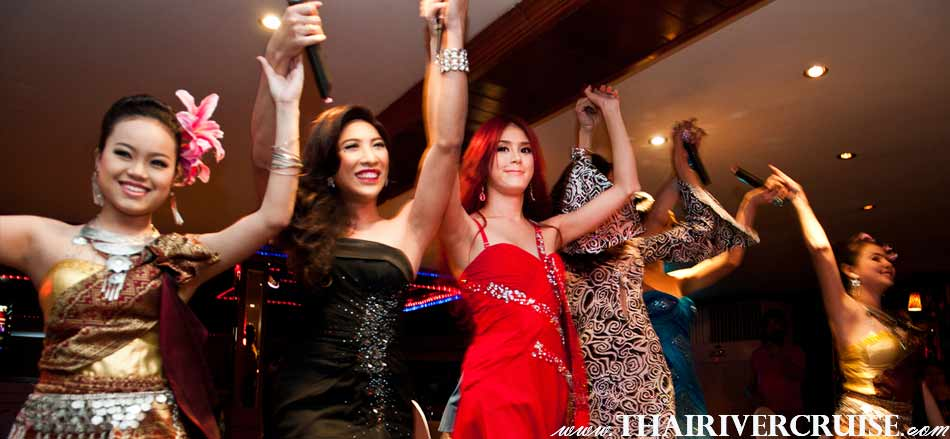 Entertainment on board White Orchid River Cruise by Thai classical dancing cabaret show and live band music