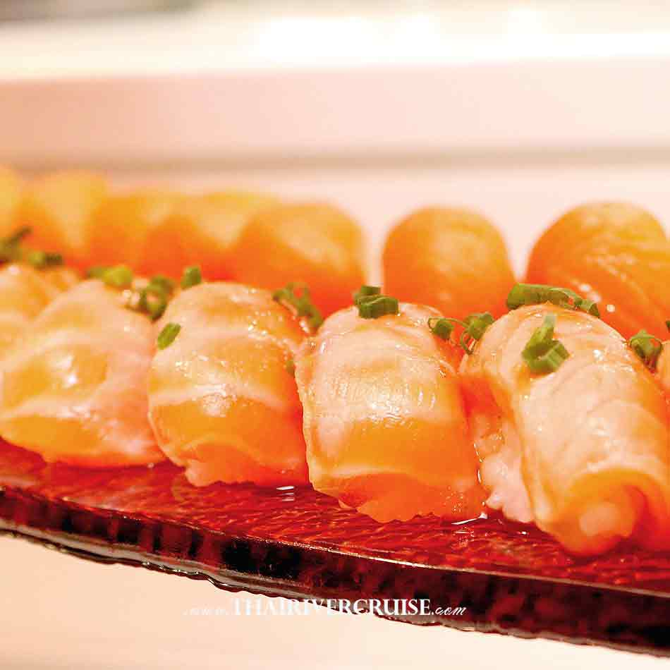 Wonderful Pearl Cruise Sunset Dinner Cruise Bangkok,Salmon roll Japanese on board best Bangkok dinner cruise Wonderful Pearl Cruise luxury elegance river cruise 5-Star dinning Wonderful pearl cruise promotion booking discount lower price