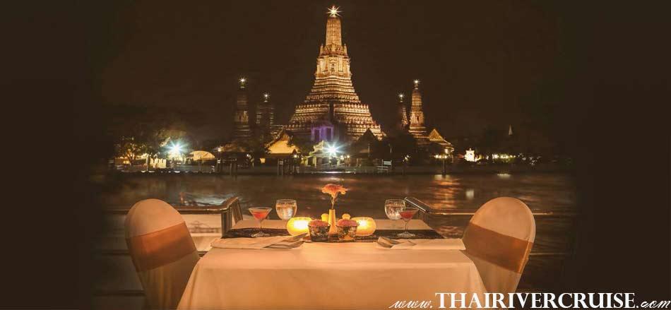 Romantic Dinner Seating, Halal Food Dinner Bangkok Chao Phraya River Cruise for Muslim, Famous dinner cruise in Bangkok and Halal food available for Muslim