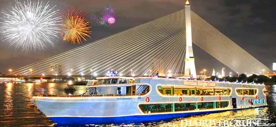 NYE Dinner Cruise Bangkok New Year Eve 2019 Countdown Fireworks Thailand