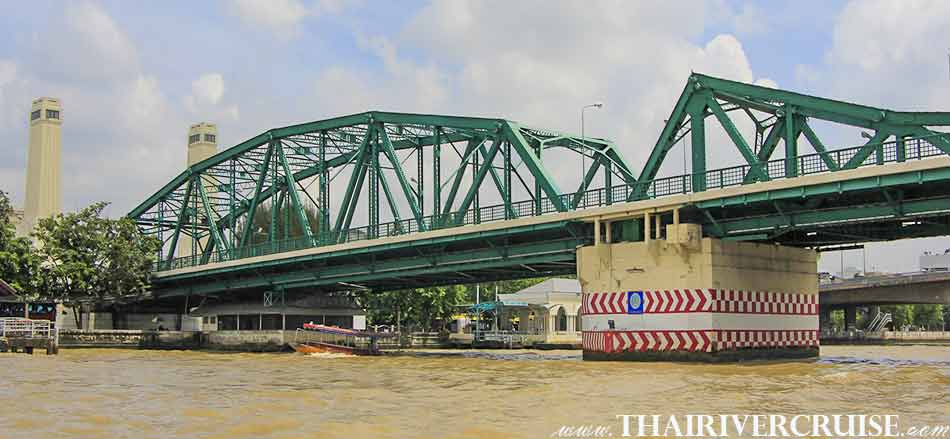 Memorial Bridge, Bangkok. ( สะพานพุทธ ) The beautiful scenery and attraction along the Chaophraya river Bangkok Thailand.Rice Barge Canal Tour Bangkok