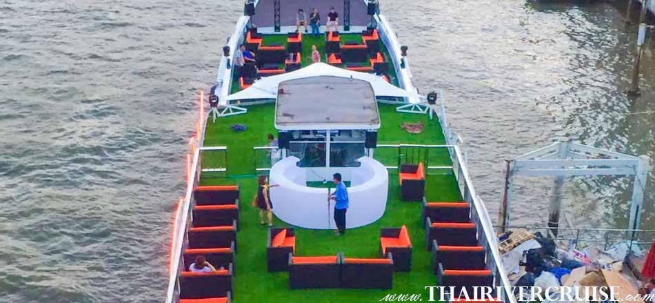River cruise without dinner Bangkok, Enjoy to see the sunset & night river view attraction along the Chaoprhaya river Bangkok Thailand.Chao phraya river cruise without dinner Bangkok Chao phraya night boat