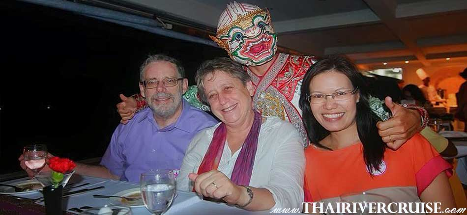 ็Happy Time on River Star Princess Cruise, Bangkok Dinner Cruise on the Chaophraya river Bangkok,Thailand